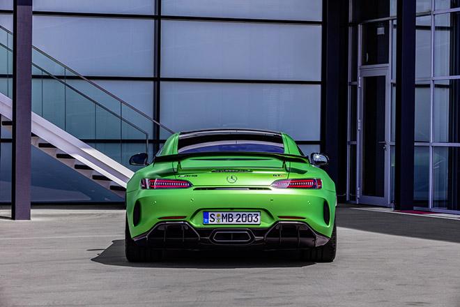 Mercedes-AMG GT R thiết kế đuôi xe