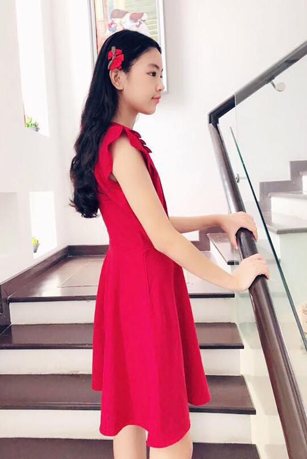 Ở tuổi dậy thì, con gái Quyền Linh giống nàng thơ đẹp nhất của Châu Tinh Trì - 7