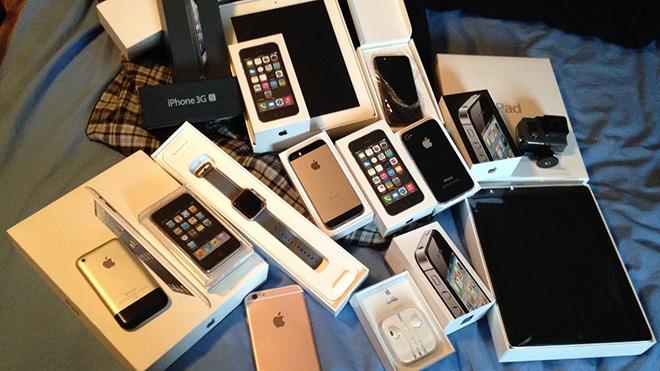 Nếu muốn thể hiện là người giàu, cứ xài iPhone
