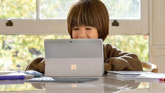 Loạt sản phẩm Surface bùng nổ, Apple lo sốt vó - 2