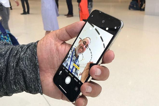 Những tuyệt chiêu giúp chụp ảnh selfie bằng iPhone đẹp hơn - 3