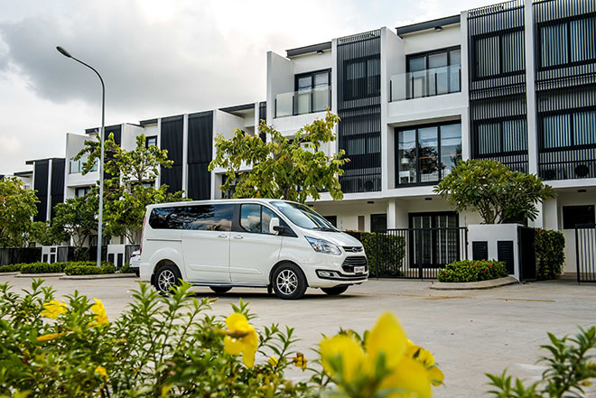Bảng giá xe Ford tháng 5/2020, phiên bản Ecosport Ambiente giảm giá 80 triệu đồng - 2