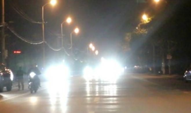 Các lỗi vi phạm liên quan đến sử dụng đèn xe của người tham gia giao thông - 3