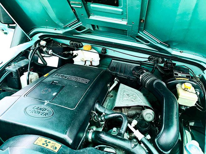 Hàng hiếm Land Rover Defender TD5 rao bán giá hơn 2 tỷ đồng - 8