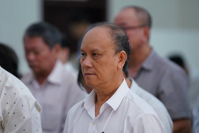 Hai nguyên chủ tịch Đà Nẵng bị tuyên tổng cộng 27 năm tù, bắt giam tại tòa - 2
