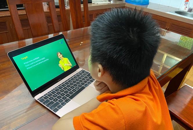 Trường học thu học phí dạy trực tuyến: Chỉ đạo mới nhất từ Bộ GD-ĐT - 1