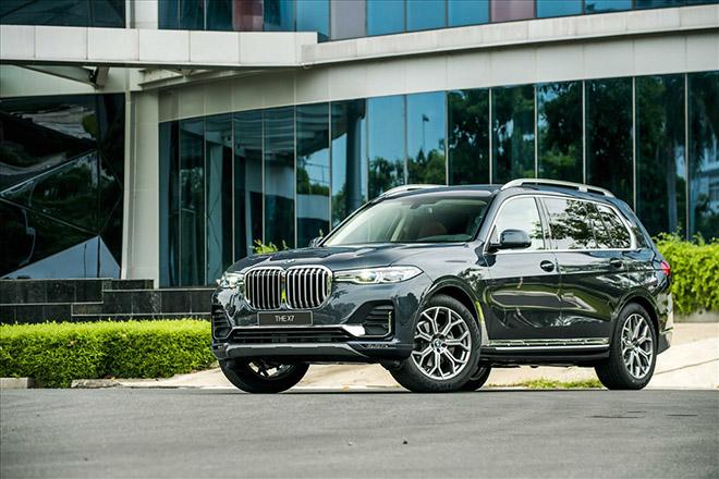 BMW X7 giảm giá cực khủng tới 650 triệu đồng - 1