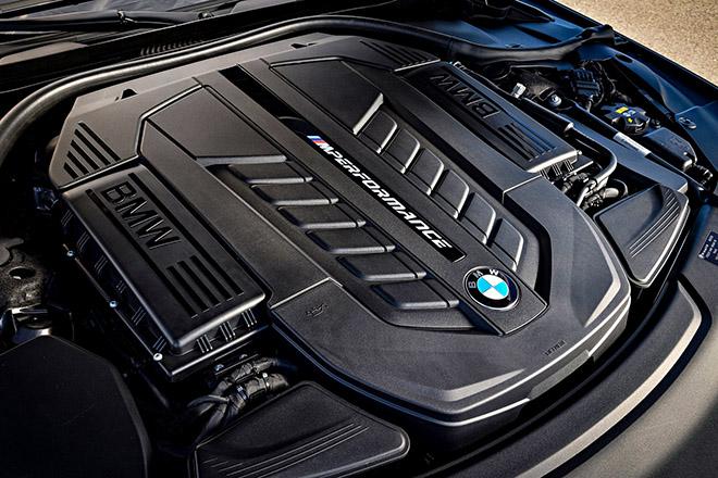 """BMW sắp """"khai tử"""" phiên bản M760Li dùng động cơ V12 - 4"""