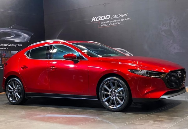 Giá xe Mazda niêm yết và lăn bánh tất cả các dòng xe tháng 5/2020 - 2