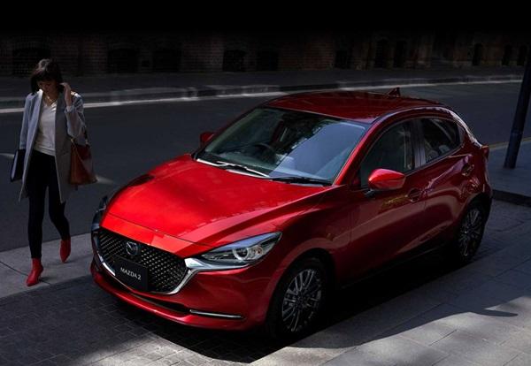 Giá xe Mazda niêm yết và lăn bánh tất cả các dòng xe tháng 5/2020 - 5