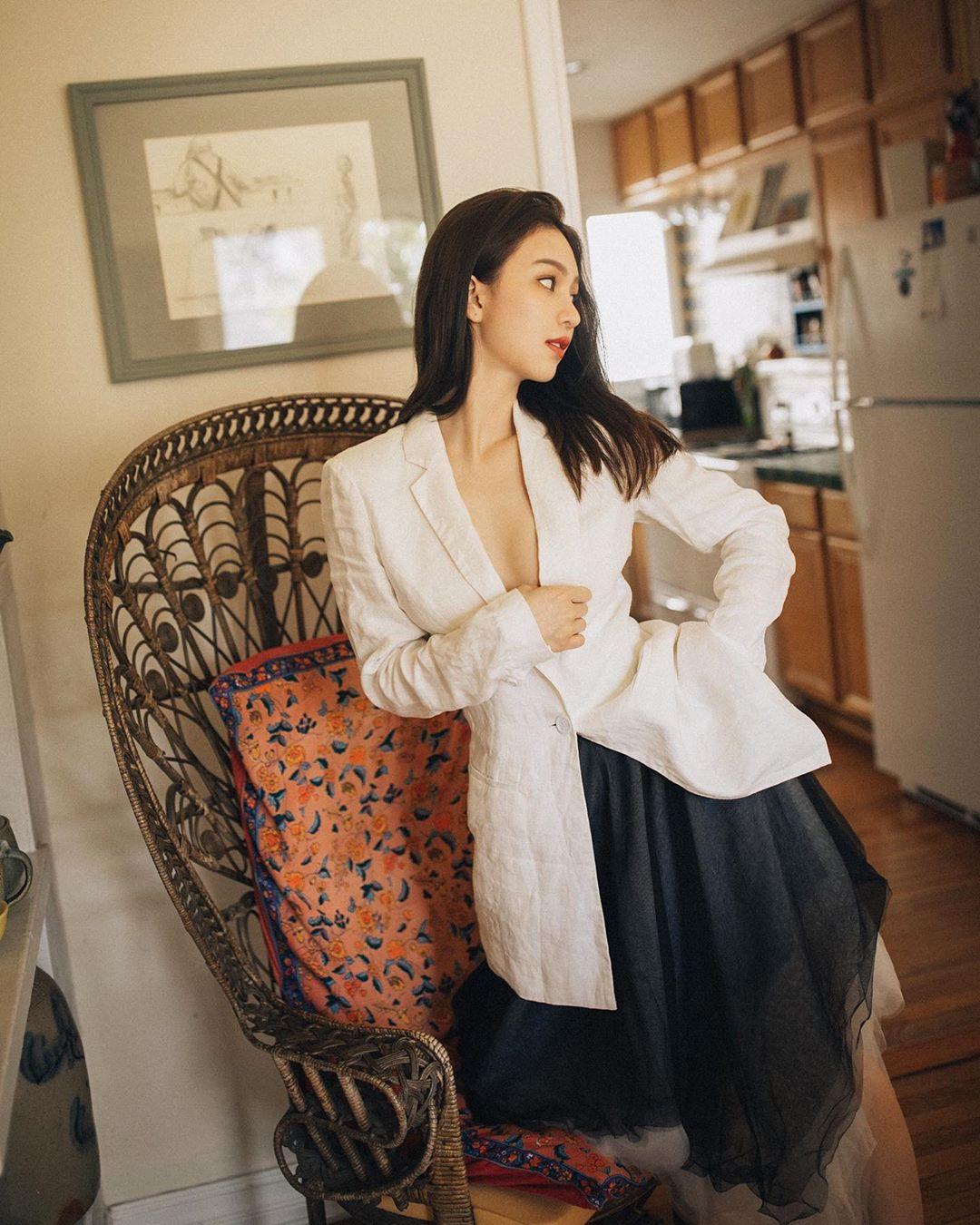 Mặc quần quá đẹp, bà mẹ 1 con xinh như thiếu nữ được hâm mộ cuồng nhiệt - 11