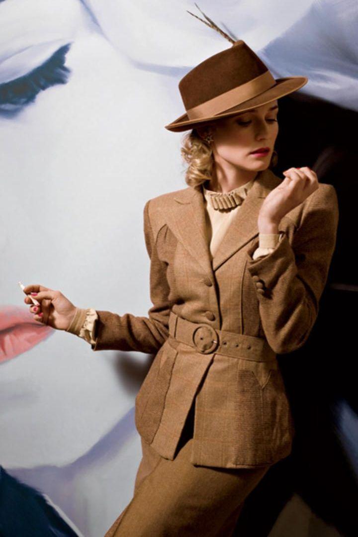 Váy suit: Biểu tượng nữ tính tận cùng của phụ nữ nơi công sở - 8