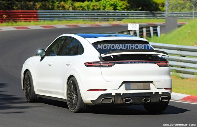 Porsche Cayenne GTS Coupe 2022 chạy thử tại trường đua Nurburgring - 3