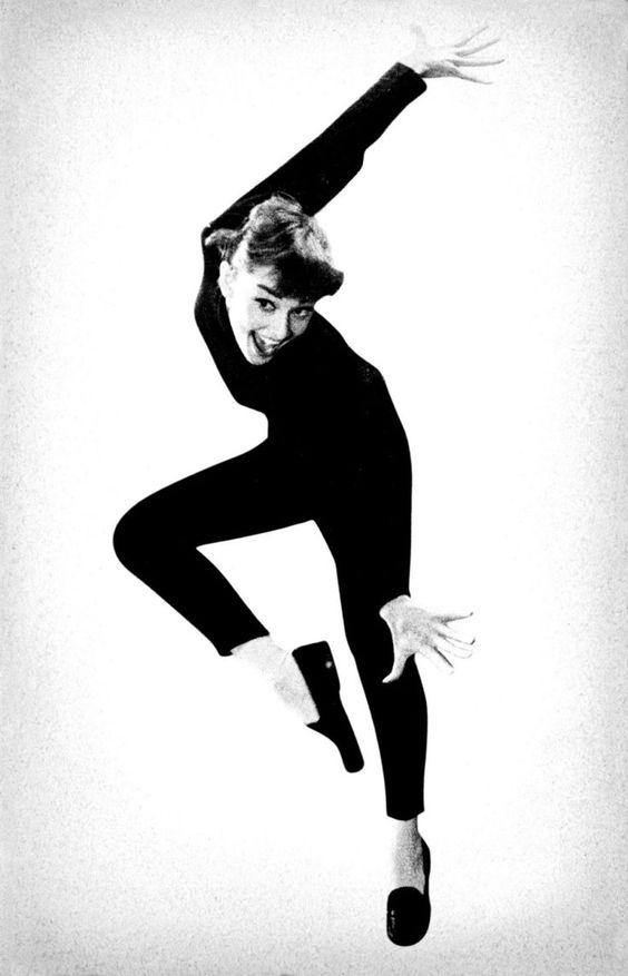 """Tips mặc đẹp bất biến từ """"tượng đài sắc đẹp"""" Audrey Hepburn - 14"""