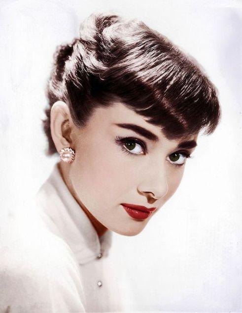 """Tips mặc đẹp bất biến từ """"tượng đài sắc đẹp"""" Audrey Hepburn - 8"""