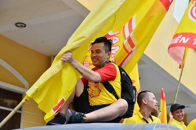 Trực tiếp bóng đá Nam Định - HAGL: CĐV Nam Định hâm nóng bầu không khí - 13