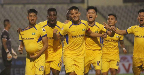 Trực tiếp bóng đá SLNA - Bình Định: Nỗ lực tấn công, chờ bàn mở tỷ số