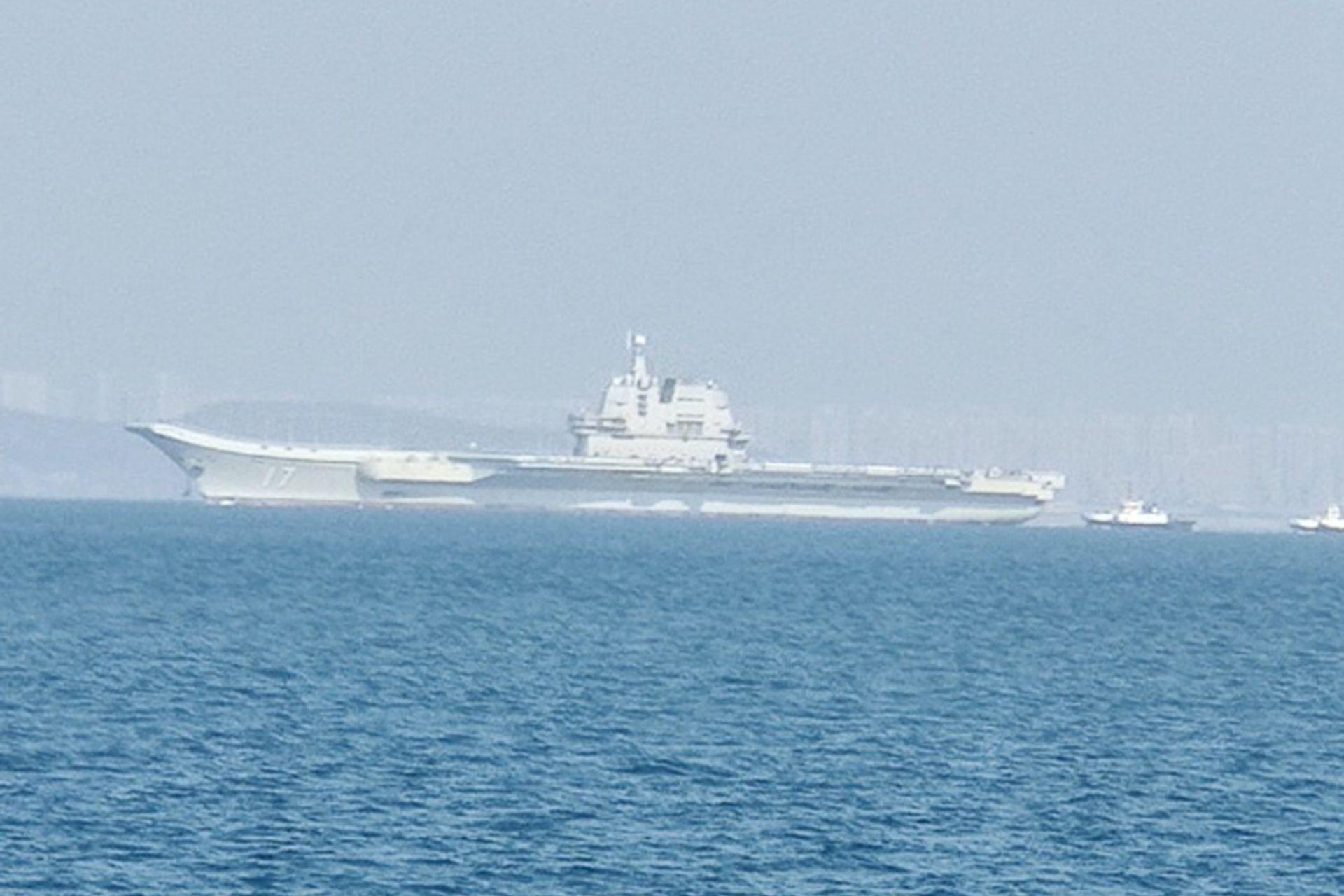 Tàu sân bay Sơn Đông bất ngờ ra khơi, tham gia tập trận ở Biển Đông? - 3