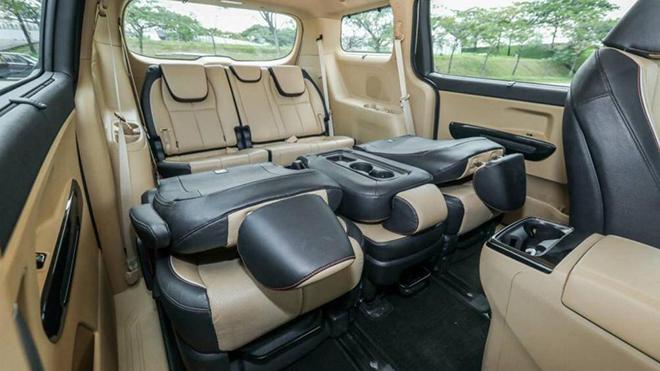 Cận cảnh KIA Sedona 2020 bản 11 chỗ ngồi với giá bán 967 triệu đồng - 4