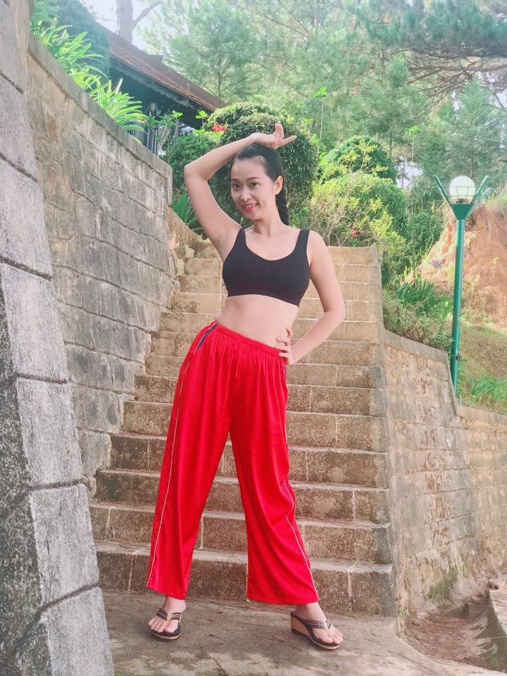 """""""Đệ nhất sexy showbiz Việt một thời"""" duy trì tắm hơi nên vẫn quyến rũ tuổi U40 - 5"""