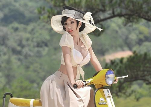 """""""Đệ nhất sexy showbiz Việt một thời"""" duy trì tắm hơi nên vẫn quyến rũ tuổi U40 - 1"""