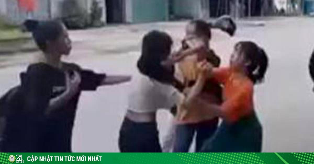 Nữ sinh lớp 11 bị 4 nữ sinh đánh hội đồng trước sự chứng kiến của nhiều người