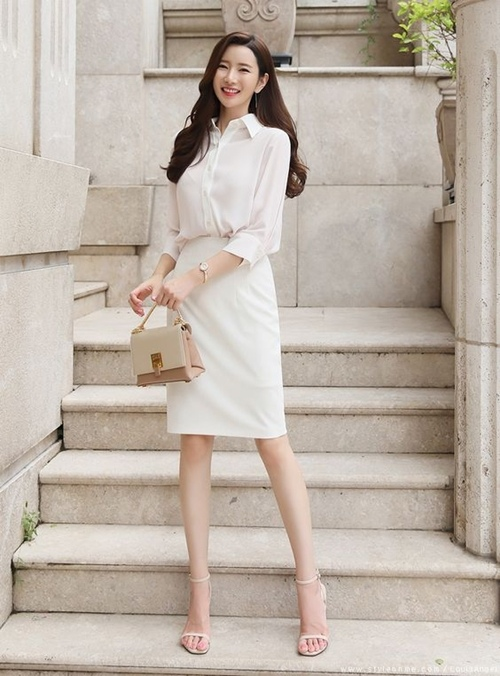 4 tips mặc trang phục cho bạn gái đi phỏng vấn việc làm - 4