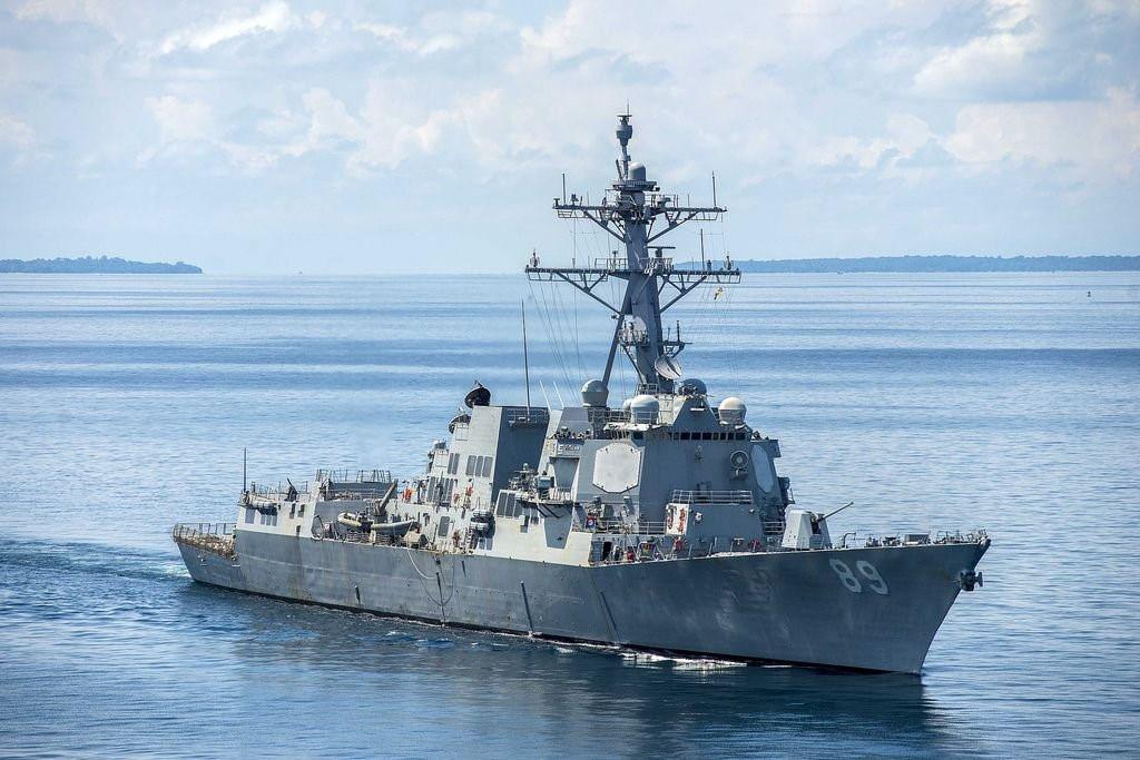 """Tàu chiến Mỹ lại """"đụng độ"""" lực lượng Trung Quốc gần Hoàng Sa - 1"""