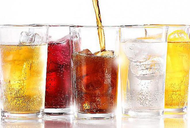 Nắng nóng: Uống nước đá, ăn nhiều món lạnh sẽ 'giết hại' gan, làm tê não - 1