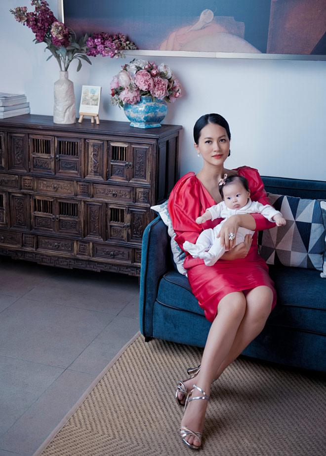 """Sao """"Cánh đồng bất tận"""" ở ẩn 5 năm, sinh liền 3 con cho chồng Việt kiều là ai? - 10"""