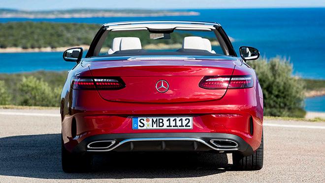 Cận cảnh Mercedes-Benz E-Class 2021 Cabriolet vừa ra mắt toàn cầu - 2