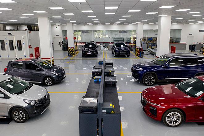 VinFast miễn 100% phí trước bạ cho khách hàng khi mua xe LUX A2.0 và SA2.0 - 3