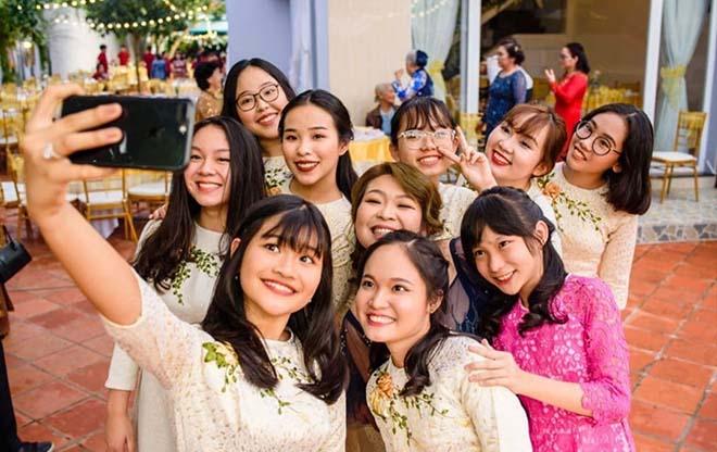 Hình ảnh mới nhất từ lễ đính hôn Công Phượng - Viên Minh: Bầu Đức đến dự - 1