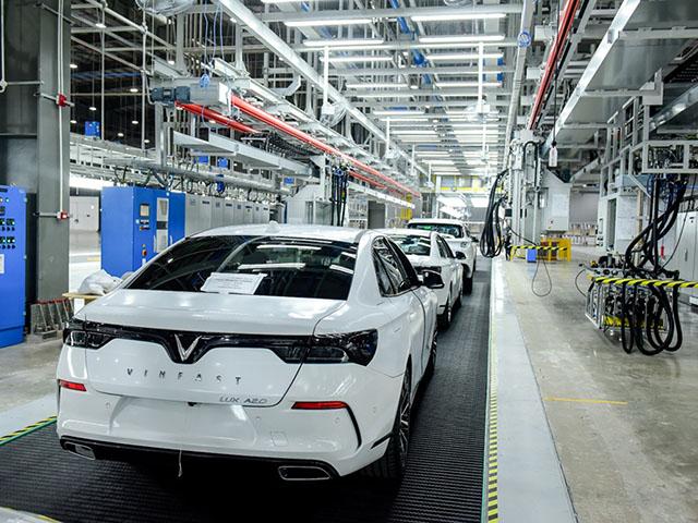 Miễn thuế nhập khẩu linh kiện, giá ô tô có giảm? - 1