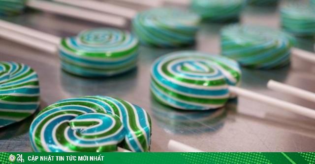 Bộ trưởng bị sa thải vì đặt mua 2 triệu USD tiền kẹo mút