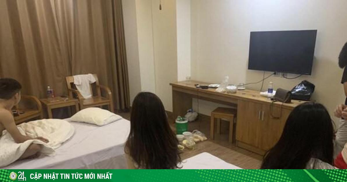 Ba cô gái trẻ cùng bạn trai mở tiệc ma túy trong khách sạn