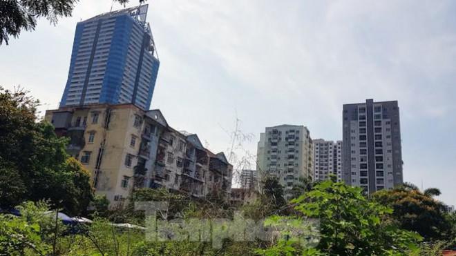 Cận cảnh ô 'đất vàng' dịch vụ cuối cùng đô thị mẫu Hà Nội bỏ hoang 20 năm - 10