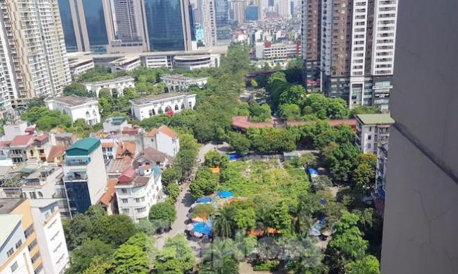 Cận cảnh ô 'đất vàng' dịch vụ cuối cùng đô thị mẫu Hà Nội bỏ hoang 20 năm - 12