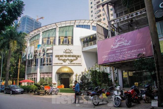 Cận cảnh ô 'đất vàng' dịch vụ cuối cùng đô thị mẫu Hà Nội bỏ hoang 20 năm - 14