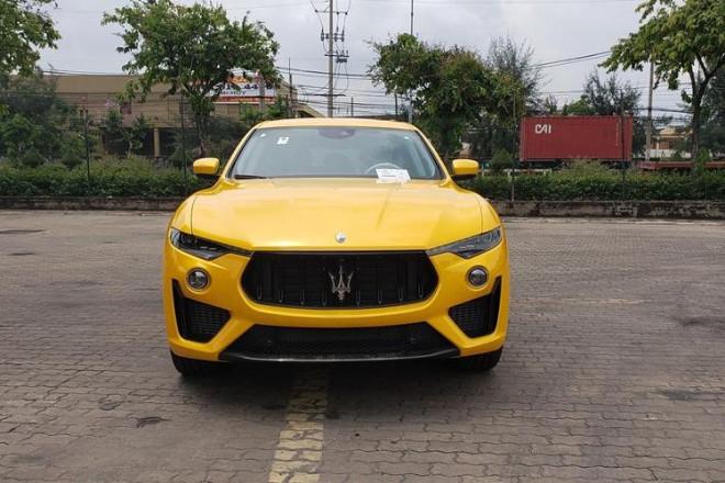 Bóc giá siêu xe Maserati Levante Trofeo vừa cập cảng được đồn đoán về tay đại gia Minh Nhựa - 2