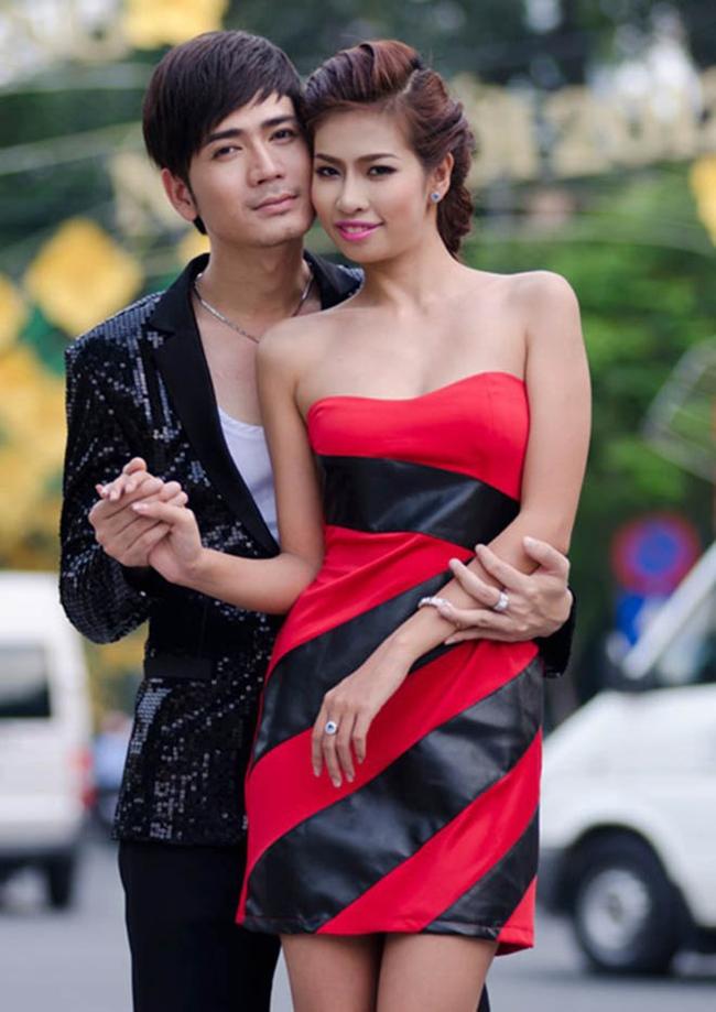 3 cô vợ xinh đẹp, kín tiếng, sinh nhiều con nhất showbiz Việt