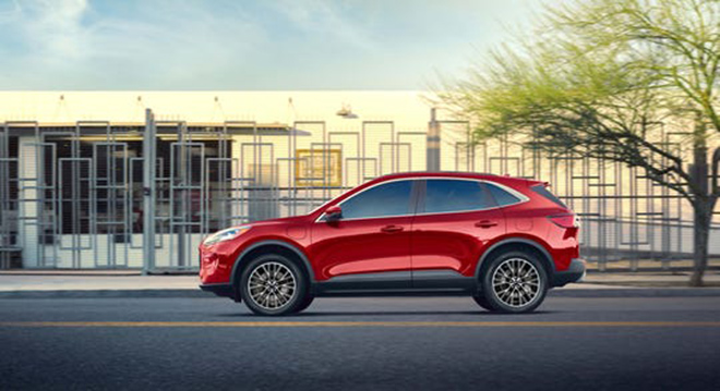 Ford Escape gây bất ngờ với mức tiêu thụ nhiên liệu chỉ 2,35L xăng/100km - 3