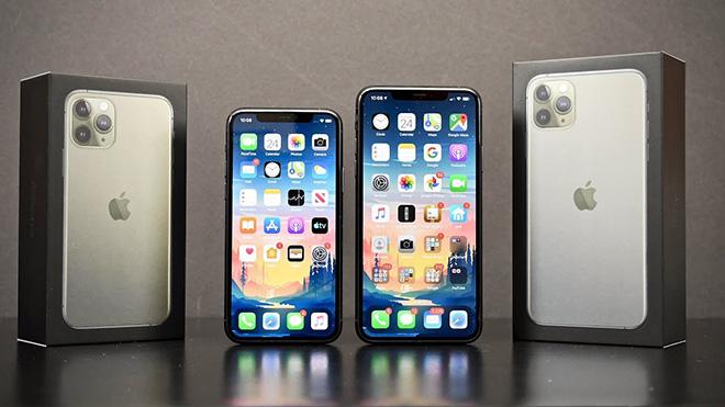 Choáng với sự thay đổi của màn hình iPhone trong thập kỷ qua - 2