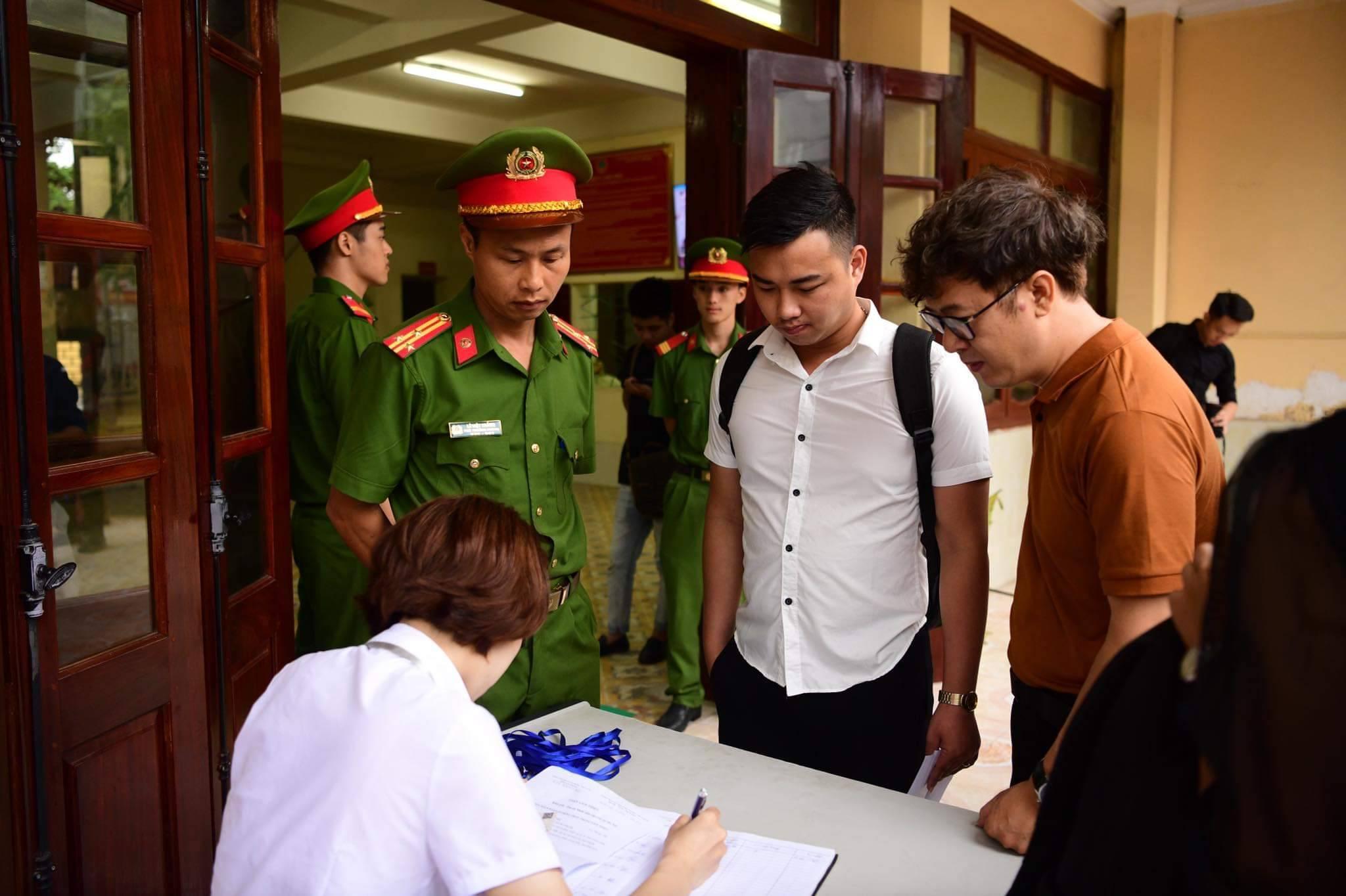 Xử phúc thẩm mẹ nữ sinh nữ sinh giao gà: Vì Thị Thu bất ngờ xin đổi luật sư - 7