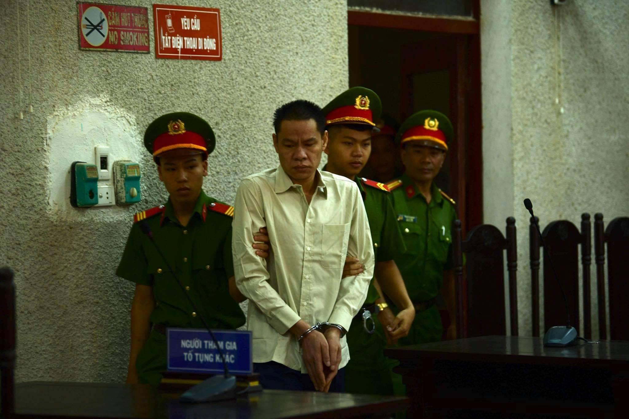 Xử phúc thẩm mẹ nữ sinh nữ sinh giao gà: Vì Thị Thu bất ngờ xin đổi luật sư - 15