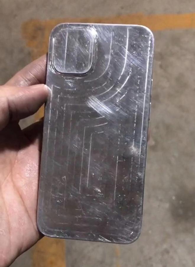 Bộ tứ iPhone 12 tiếp tục được xác nhận thiết kế với khuôn mẫu mới - 4