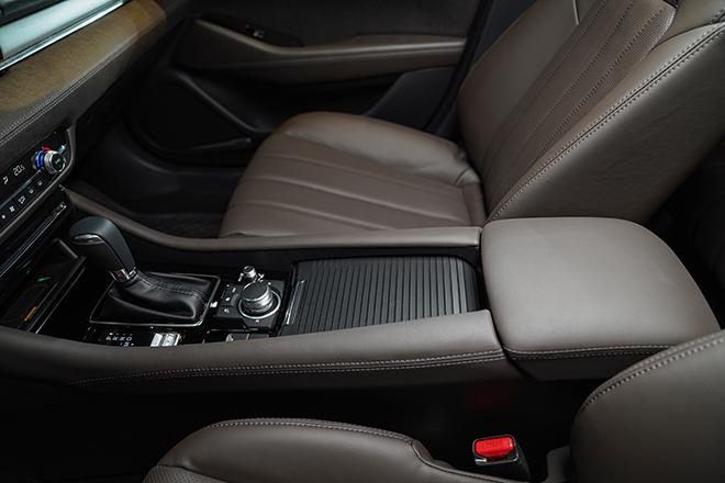 Mazda 6 phiên bản nâng cấp chính thức ra mắt thị trường Việt - 14
