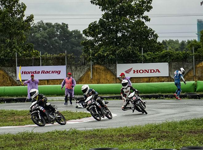 Giải đua xe mô tô Việt Nam năm 2020 chính thức khởi tranh chặng đầu tiên - 5