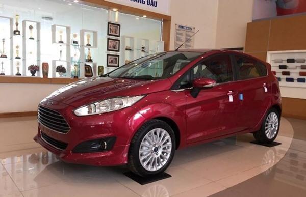 Giá xe Ford tháng 6: Cập nhật giá bán mới và thông số kỹ thuật - 8
