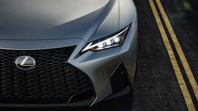 Lexus IS thế hệ mới chính thức ra mắt, thay đổi để cạnh tranh BMW 3-Series và C-Class - 2